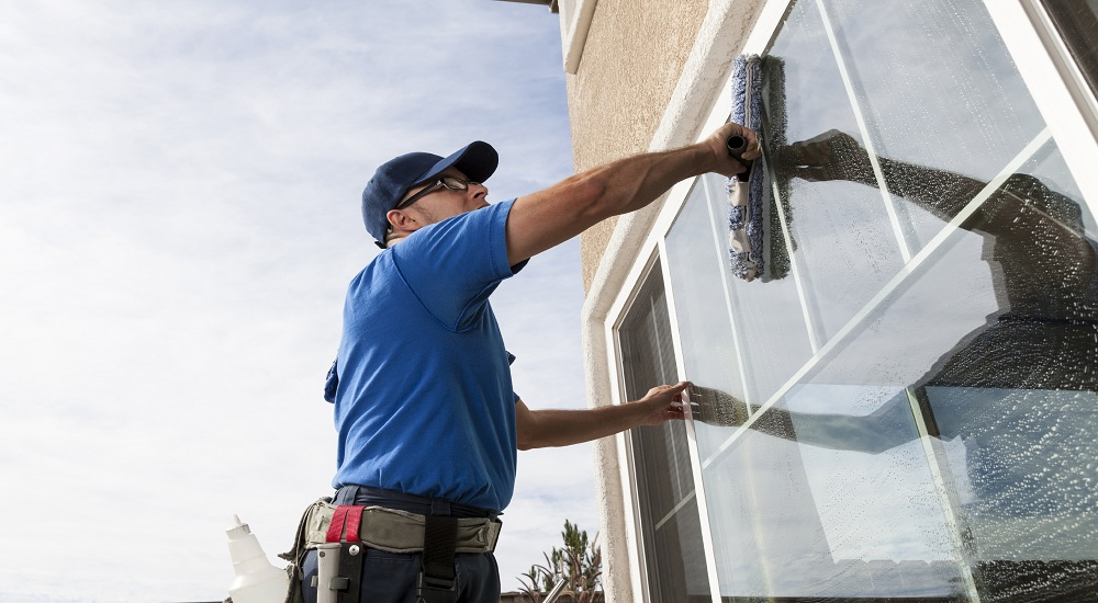 Tips for Cleaning Windows like a Pro