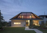 Roof Sides - How to Have Sides on the Balcony without Losing its Charm